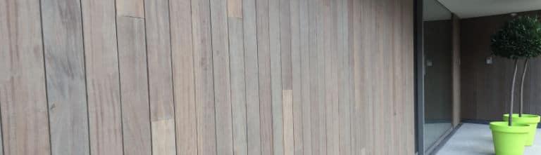 buitenmuur bekleden hout